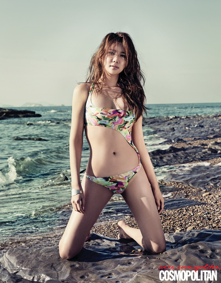 Lee Tae Im shows why shes always so confident in her body in June.