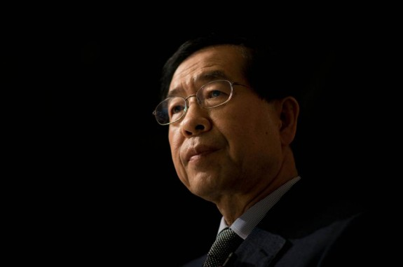 Mayor Park Won Soon supports same-sex marriage, religious conservatives … don't