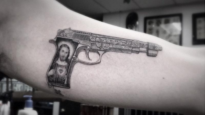 Kết quả hình ảnh cho g dragon gun tattoo