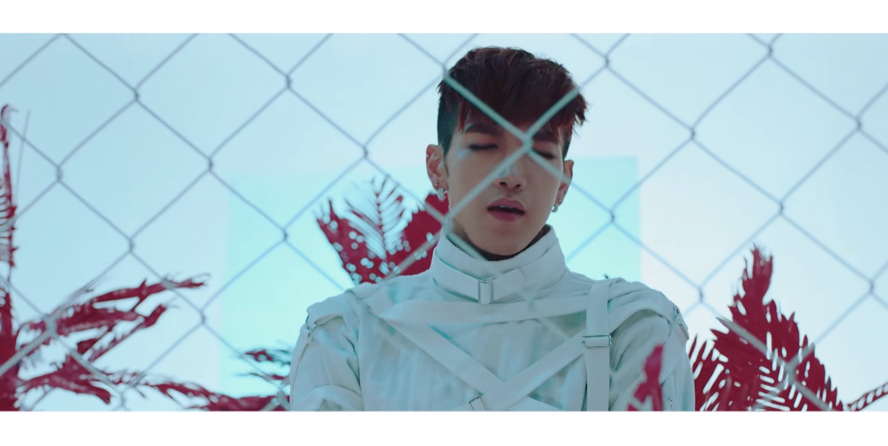 jun.k_thinkaboutyou_redwhite2