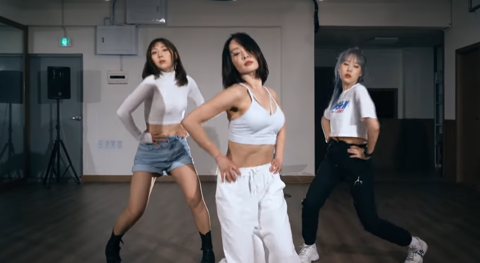 Kara S Nicole Covers Itzy S Wannabe Also Has A Youtube Channel Asian Junkie Become a patron of asian junkie today: kara s nicole covers itzy s wannabe
